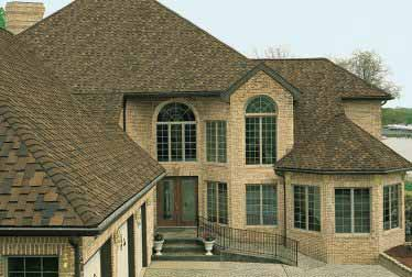 House with roof installed by roofing and siding contractors in Schaumburg